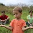 Si dice che il bambino può vivere tutto con tranquillità, se i genitori vivono così. Il bambino può persino non essere traumatizzato dalla separazione, dal divorzio dei genitori, se loro sono capaci di prendere decisioni giuste e gestire la situazione con tutta la tranquillità possibile, in una situazione così difficile.