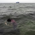 Le immagini dei corpi dei migranti riversi a faccia in giù nelle acque del nostro mare trasudano vergogna, sono icone ineluttabili di un tradimento di una civiltà. Nel Mediterraneo sono ormai decine di migliaia i corpi inabissati dall'orrore del nostro decomposto divenire, […]